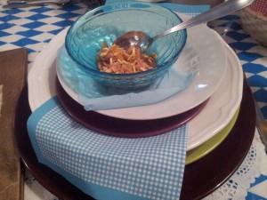 Zestaw talerzy i misek w Domu Bawarskim w Tychach