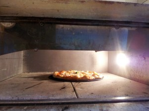"""Tychy: Osteria Le Botti. Ciasto """"bulgocze"""" w piecu dosłownie minutę"""